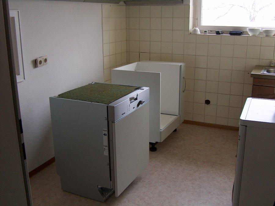 small-020_Kuechen_Anlieferung